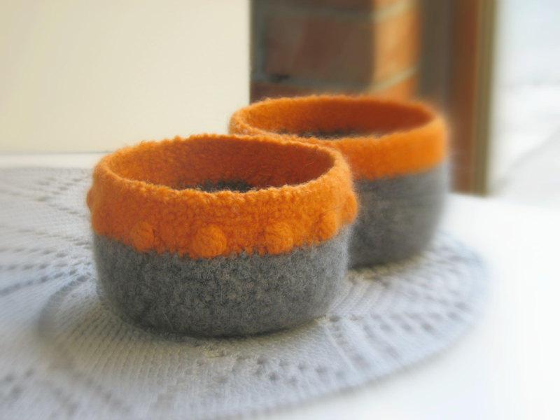 Felted bowls - Organic family - Pumpkin orange and grey with a texture